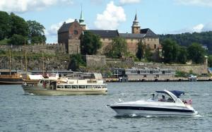 Oslo - Blick von Aker Brygge zur Festung Akershus