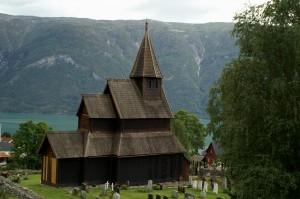 Die Stabkirche von Urnes am Lusterfjord