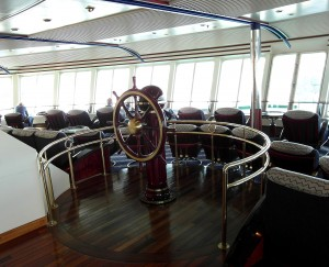 An Bord der Hurtigruten - Im Panorama-Salon der MS Nordnorge