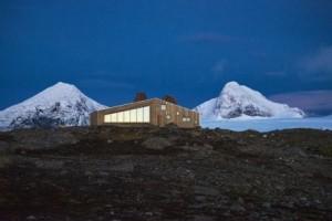 Spektakulärer Blick, tolle Architektur. Die Berghütte Rabot. Foto: Svein Arne Brygfjeld