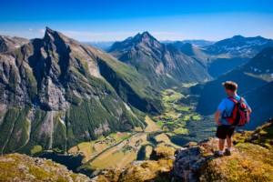 Allein unterwegs in Norwegen. Foto: Håvard Myklebust/ Visitnorway.com