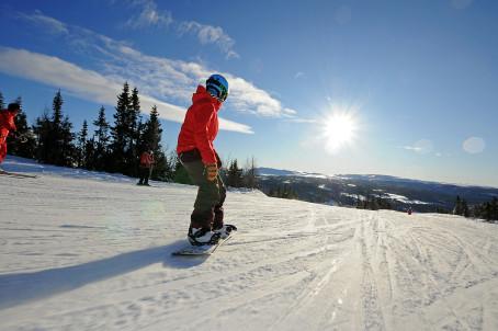 Ski und Rodel gut in den norwegischen Ski-Gebieten. Foto: Visit Norway