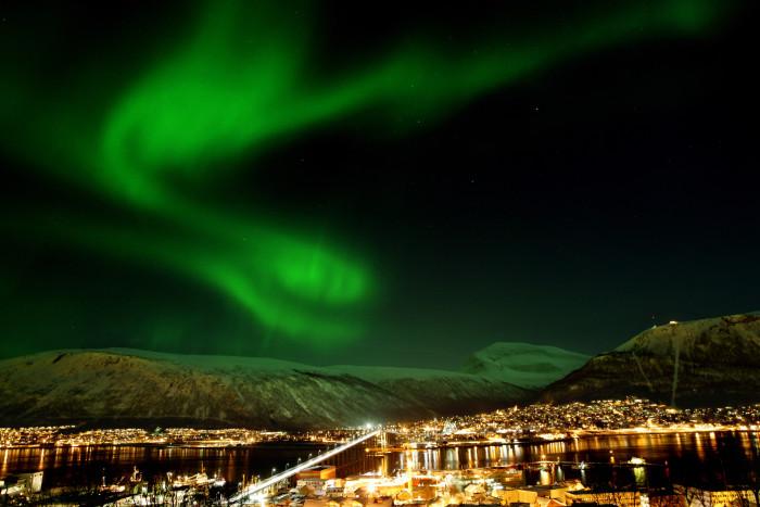 Nordlicht über Tromsø. Foto: Yngve Olsen Saebbe / www.nordnorge.com