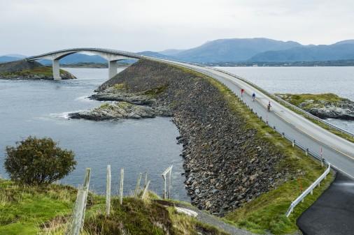 Atlantikroute zwischen Kristiansund und Ålesund ist Norwegens neue Attraktion für Radtouristen. Foto: Visit Norway
