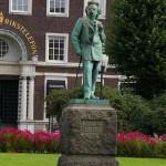 Edvard Grieg - Statue in Bergen