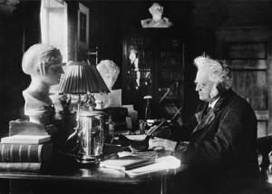 Bjørnstjerne Bjørnson am Schreibtisch, Foto: wikimedia commons