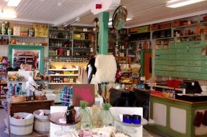 Nusfjord: Im Landhandel